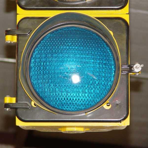 Improved Quot Eagle Flat Back Willis Lamm S Traffic Signal